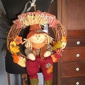 NWOT Scarecrow Wreath, so cute